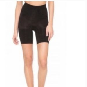 SPANX Power Shorts In Black Large FLAW